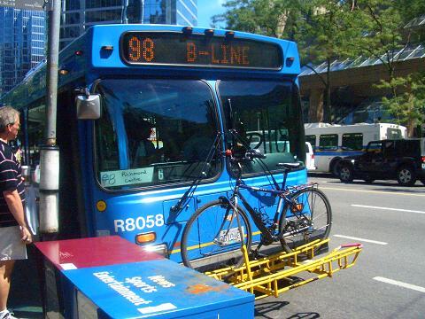 スカイトレイン自転車.jpg