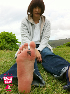 【大足】足がでかい女に激しく萌える!【25.3】YouTube動画>9本 ->画像>557枚